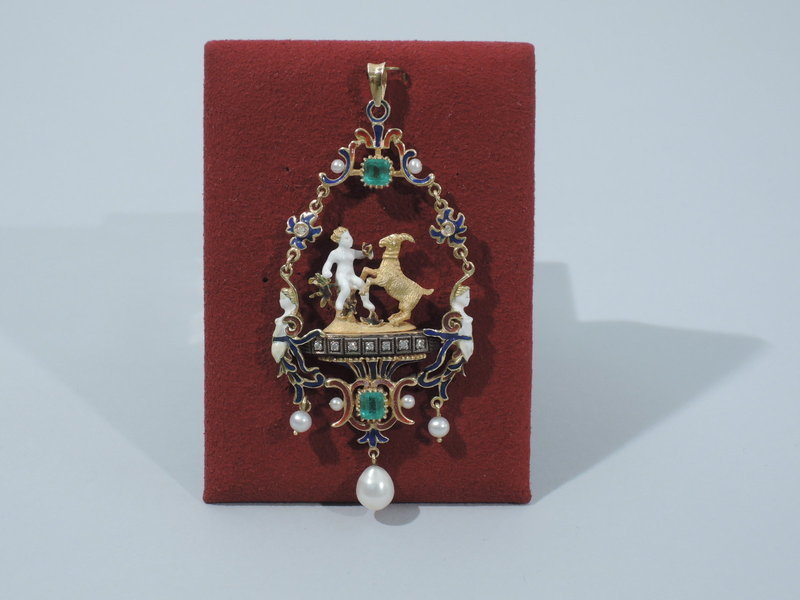 22K Gold and Enamel Renaissance Revival Pendant C 1880